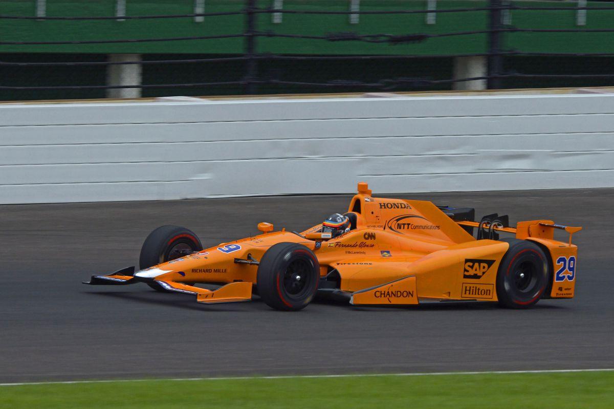 Alonso en Indianápolis - SoyMotor.com