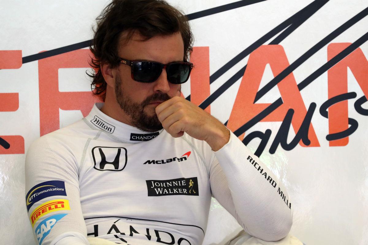 Fernando Alonso durante un GP esta temporada - SoyMotor.com