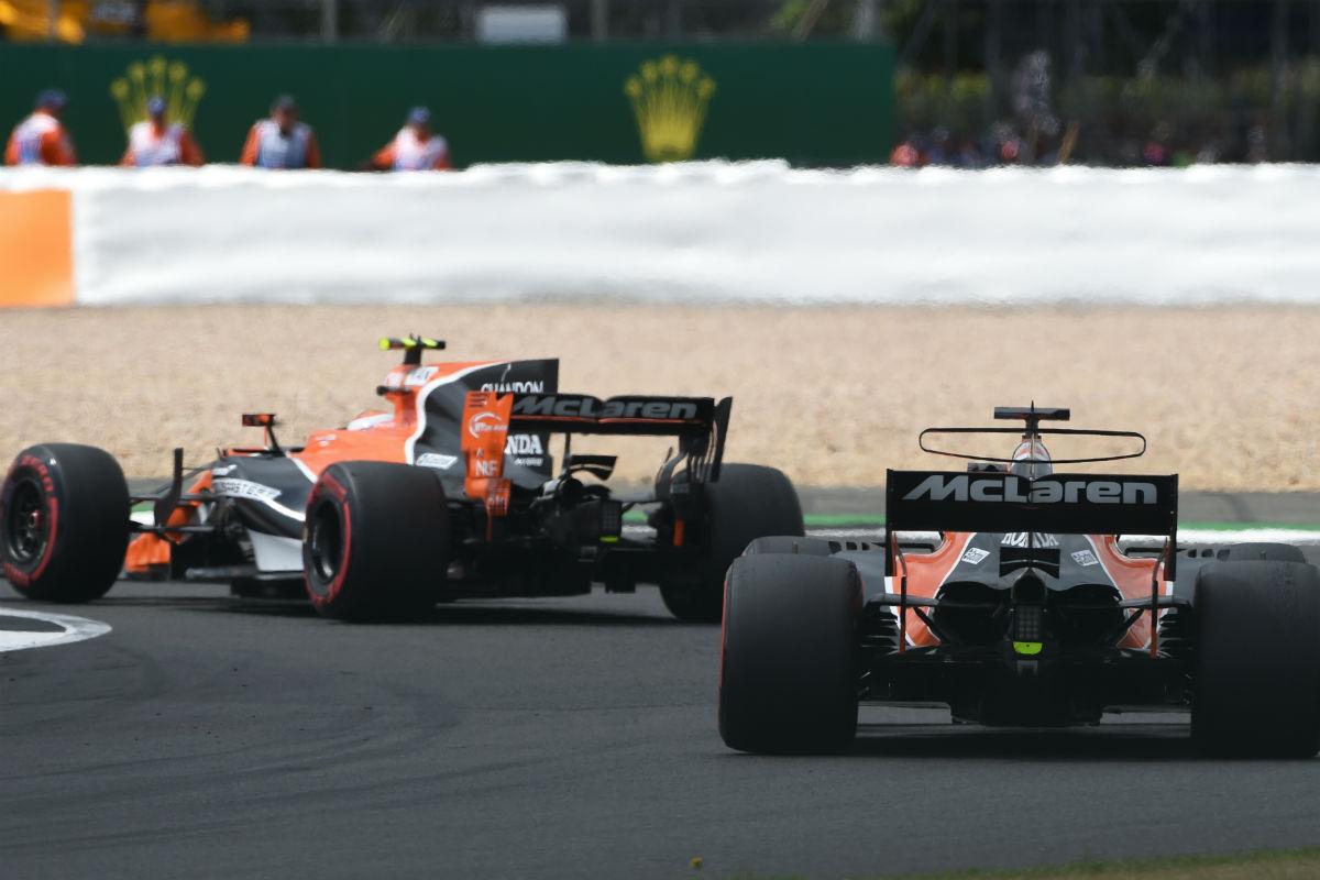 Vandoorne y Alonso - SoyMotor.com