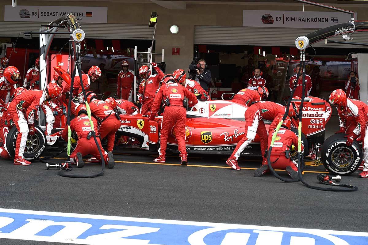 'Ferrari vuelve a ser italiana' o los males de la Scuderia según Ecclestone y Todt - Soymotor.com