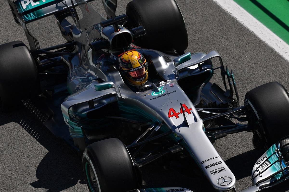 Hamilton pulveriza el récord de Barcelona - SoyMotor.com