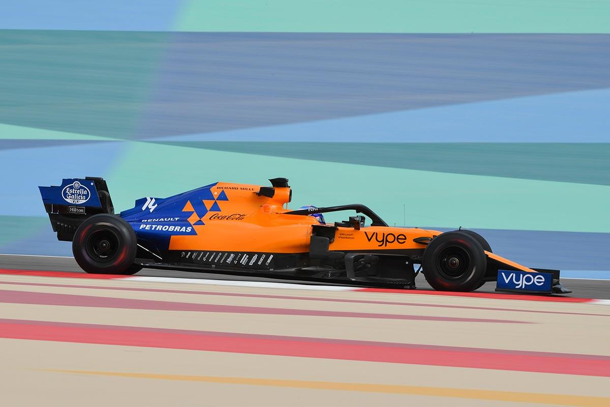 Alonso y Sainz vuelven a coincidir en un Día 2 comandado por Russell