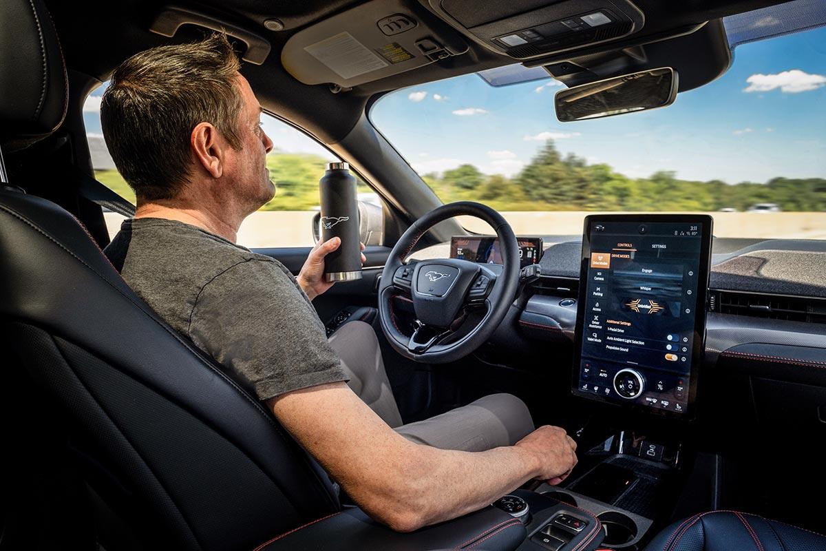 Ford refuerza su relación con Mobileye para potenciar las asistencias a la  conducción | SoyMotor.com