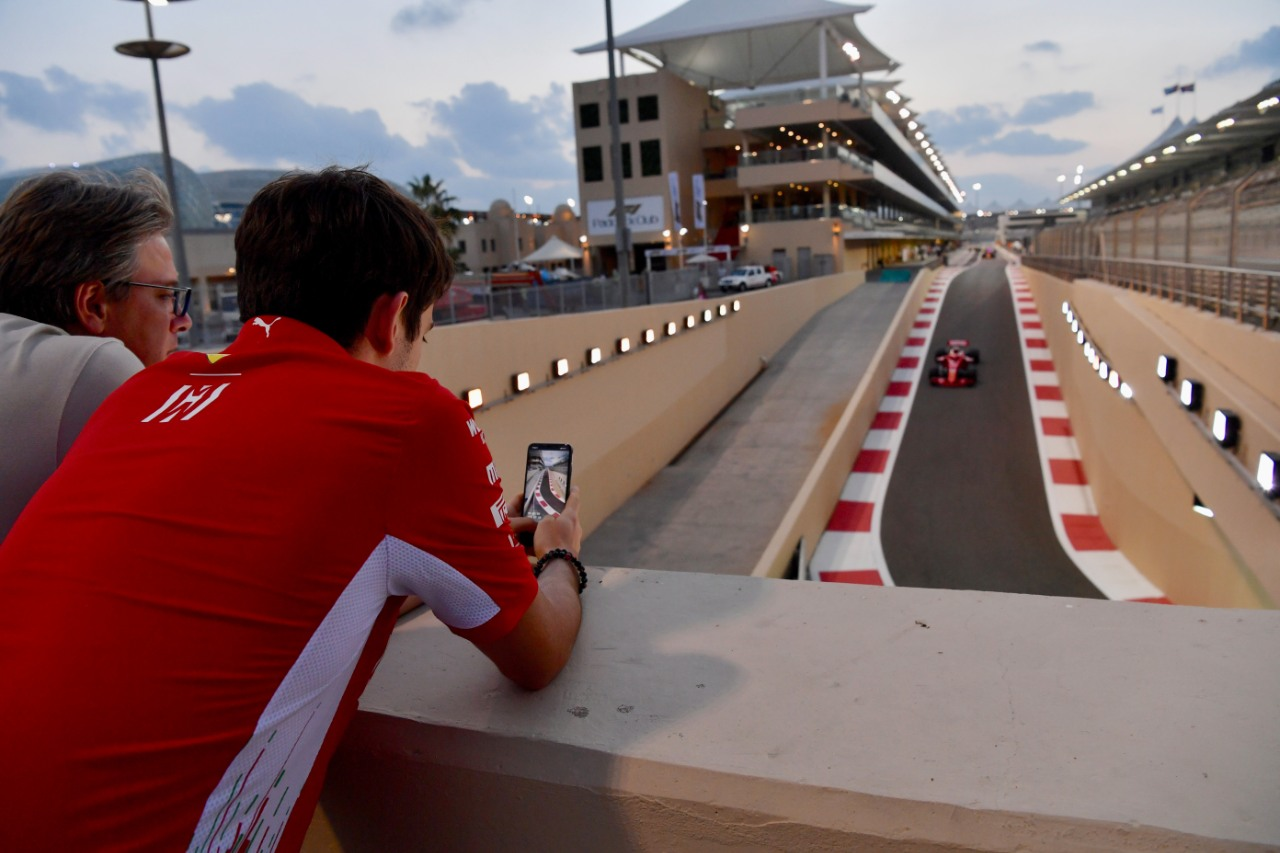 Test postemporada Abu Dabi F1 - cover
