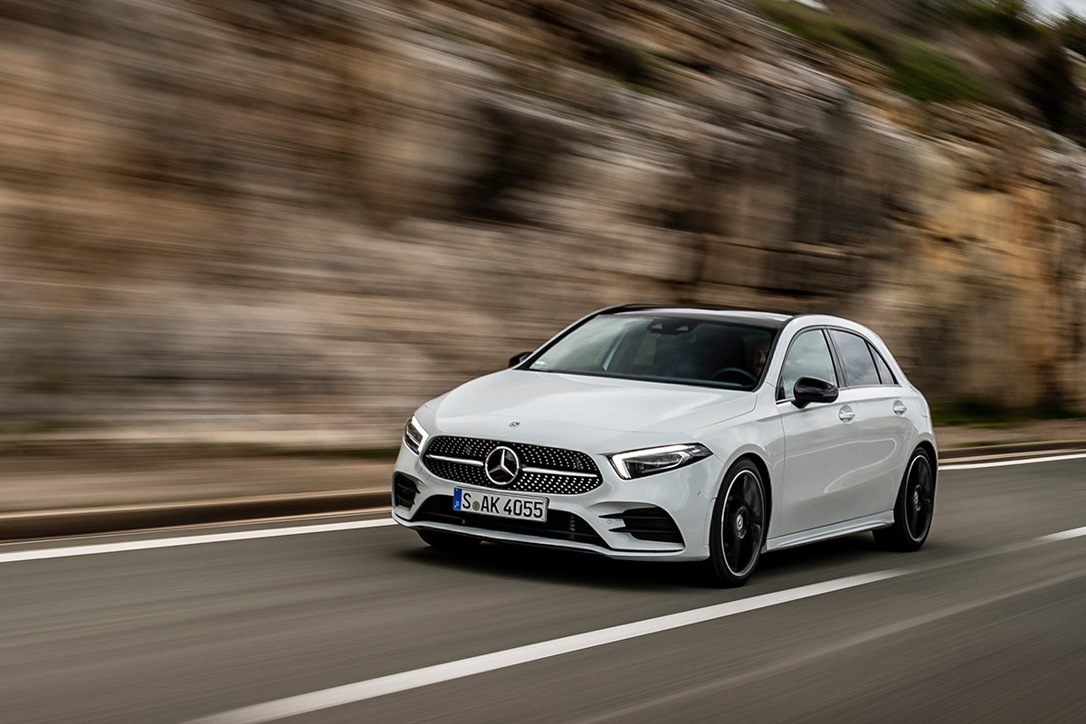 Mercedes benz clase a 2018 la revoluci n va por dentro for Mercedes benz clase a 2018