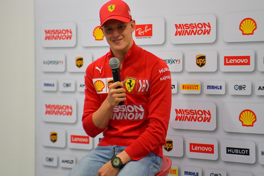 Vettel aplaude el trabajo de Mick Schumacher en Baréin
