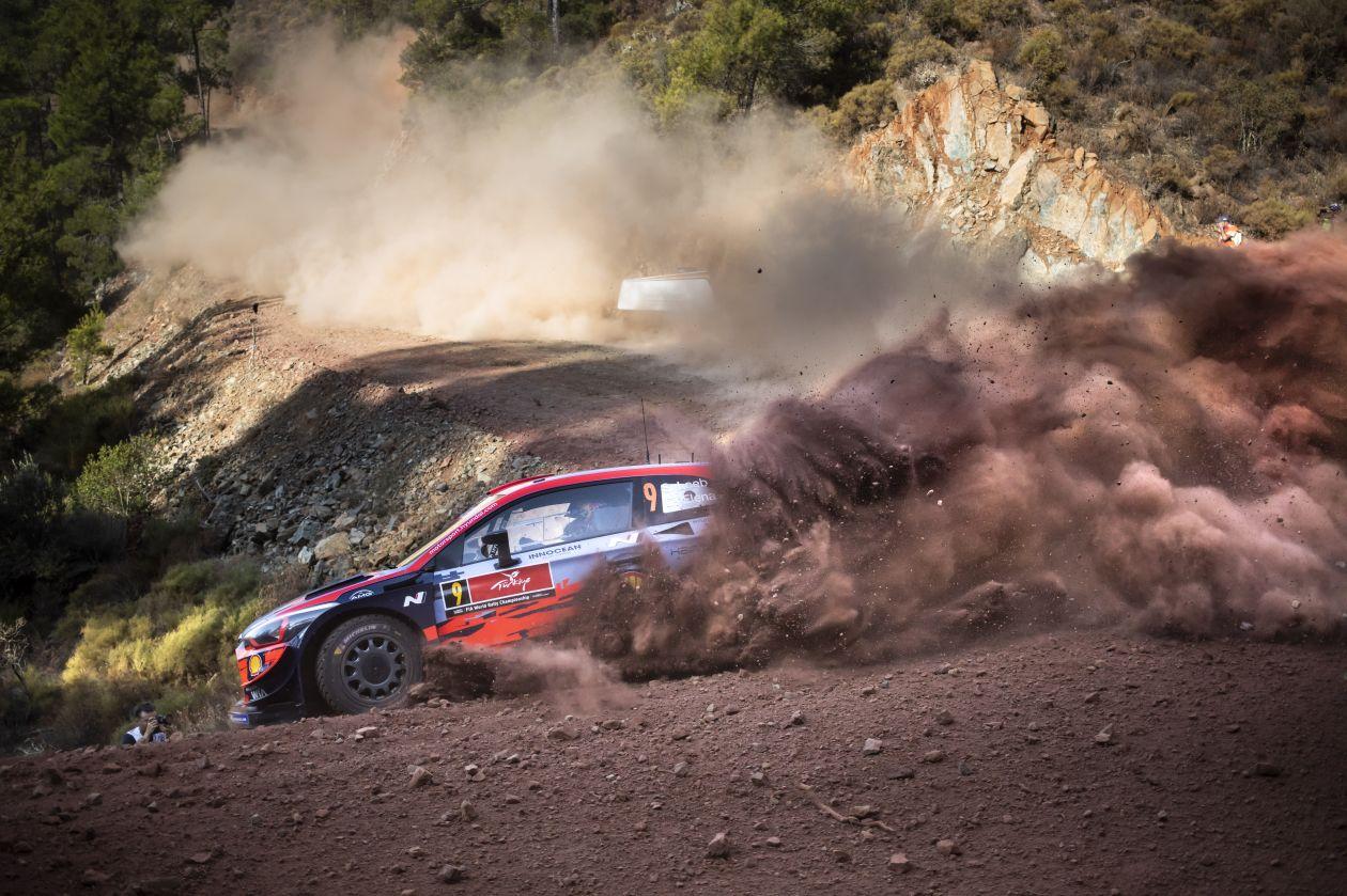 Rally Turquía 2020: Loeb lidera la etapa del viernes