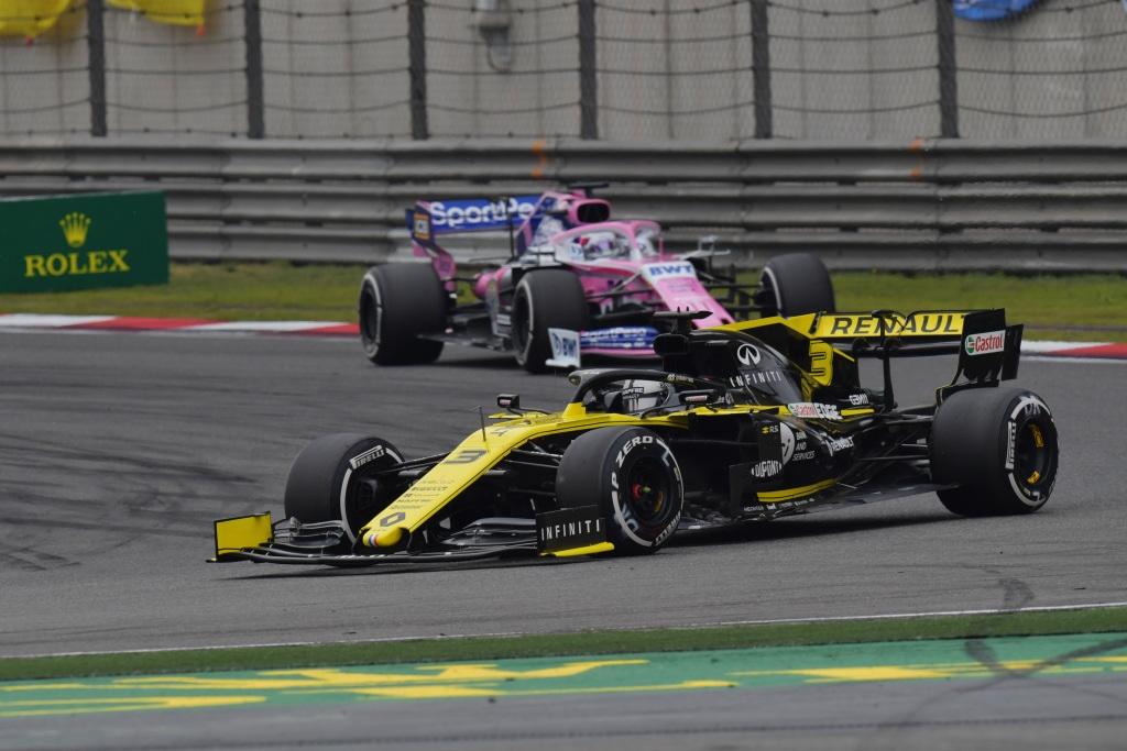"""Ricciardo: """"Si rendimos sin errores, deberíamos ser el cuarto equipo"""""""