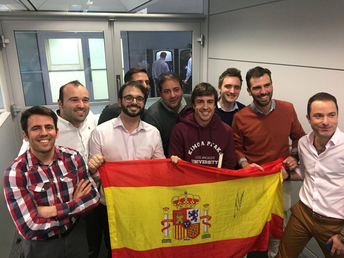 Los españoles que ayudan a Fernando Alonso