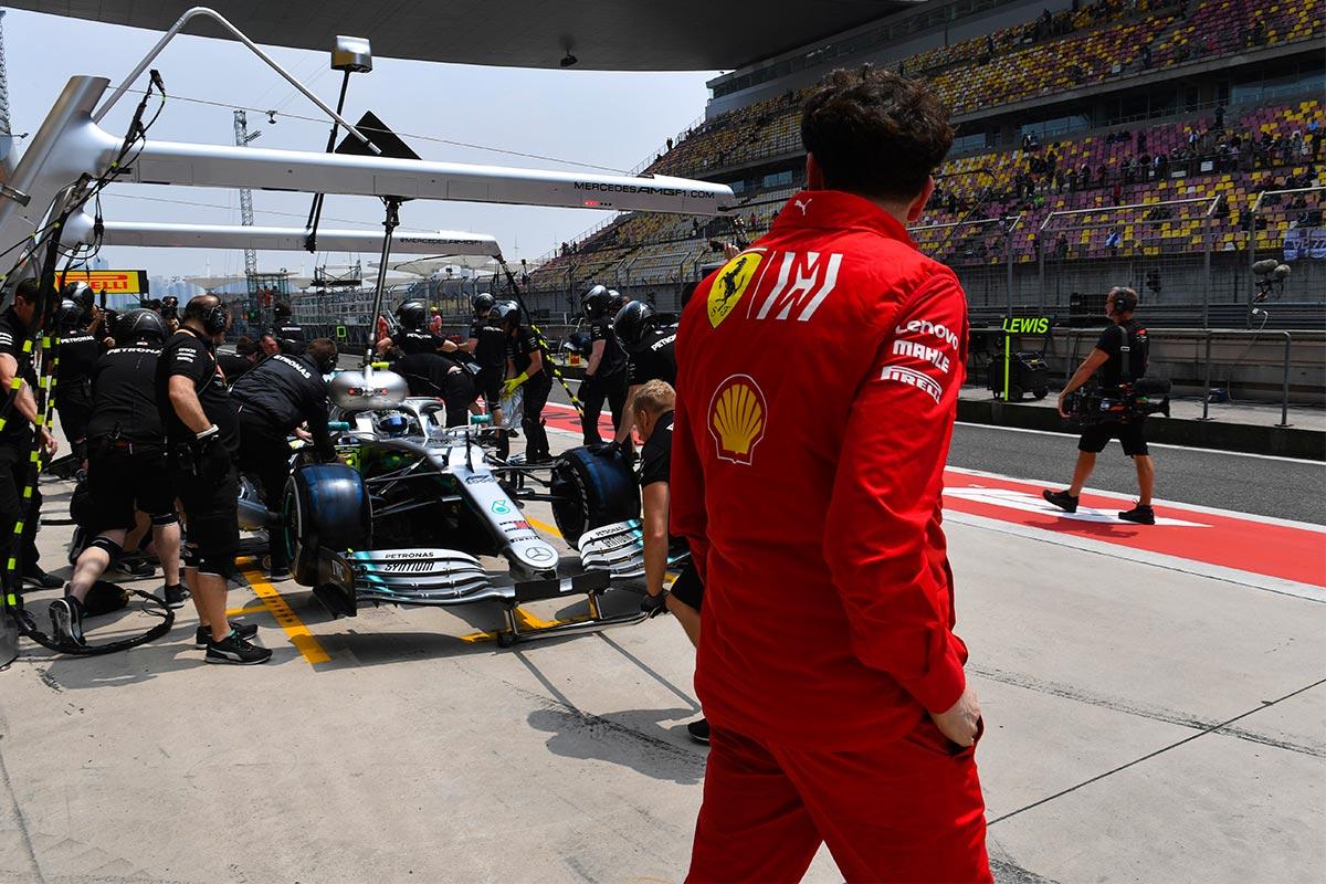 Mattia Binotto en el GP de China F1 2019 - SoyMotor