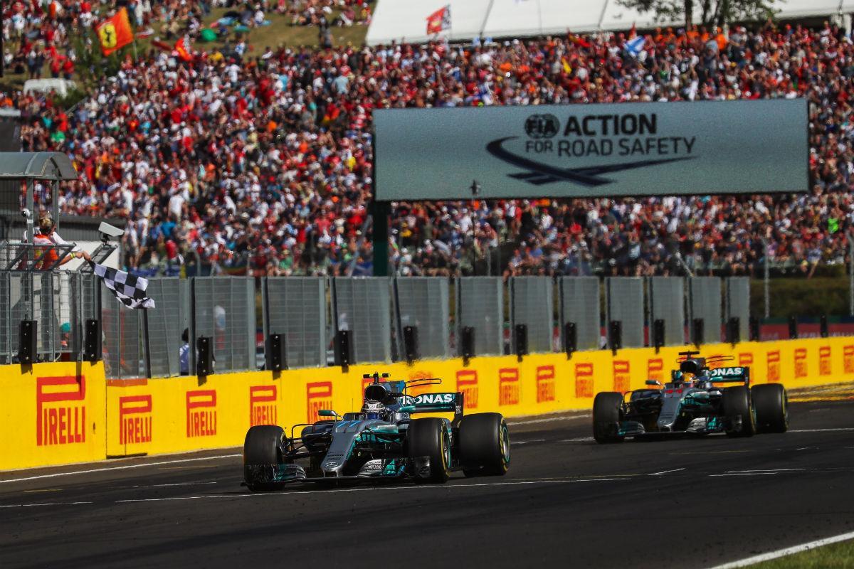 Valtteri Bottas y Lewis Hamilton en Hungría - SoyMotor