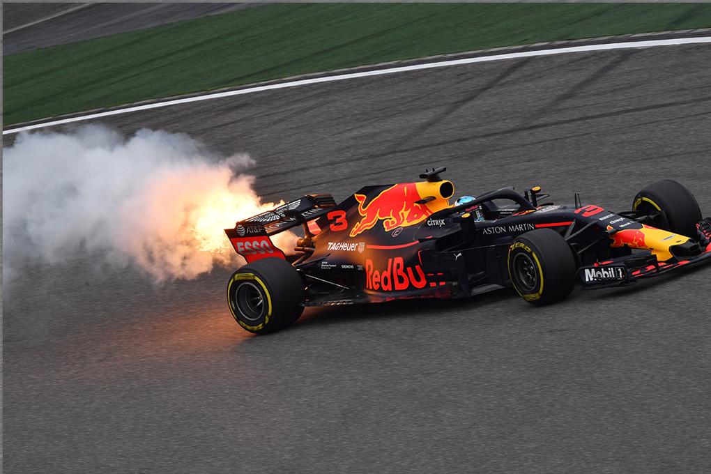 Daniel Ricciardo rompe motor en Shanghái - SoyMotor.com