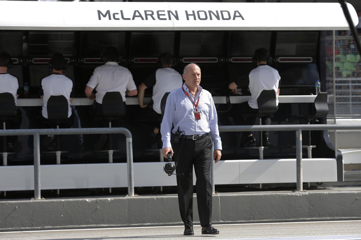 Ron Dennis ya no estará en el muro de McLaren-Honda - SoyMotor