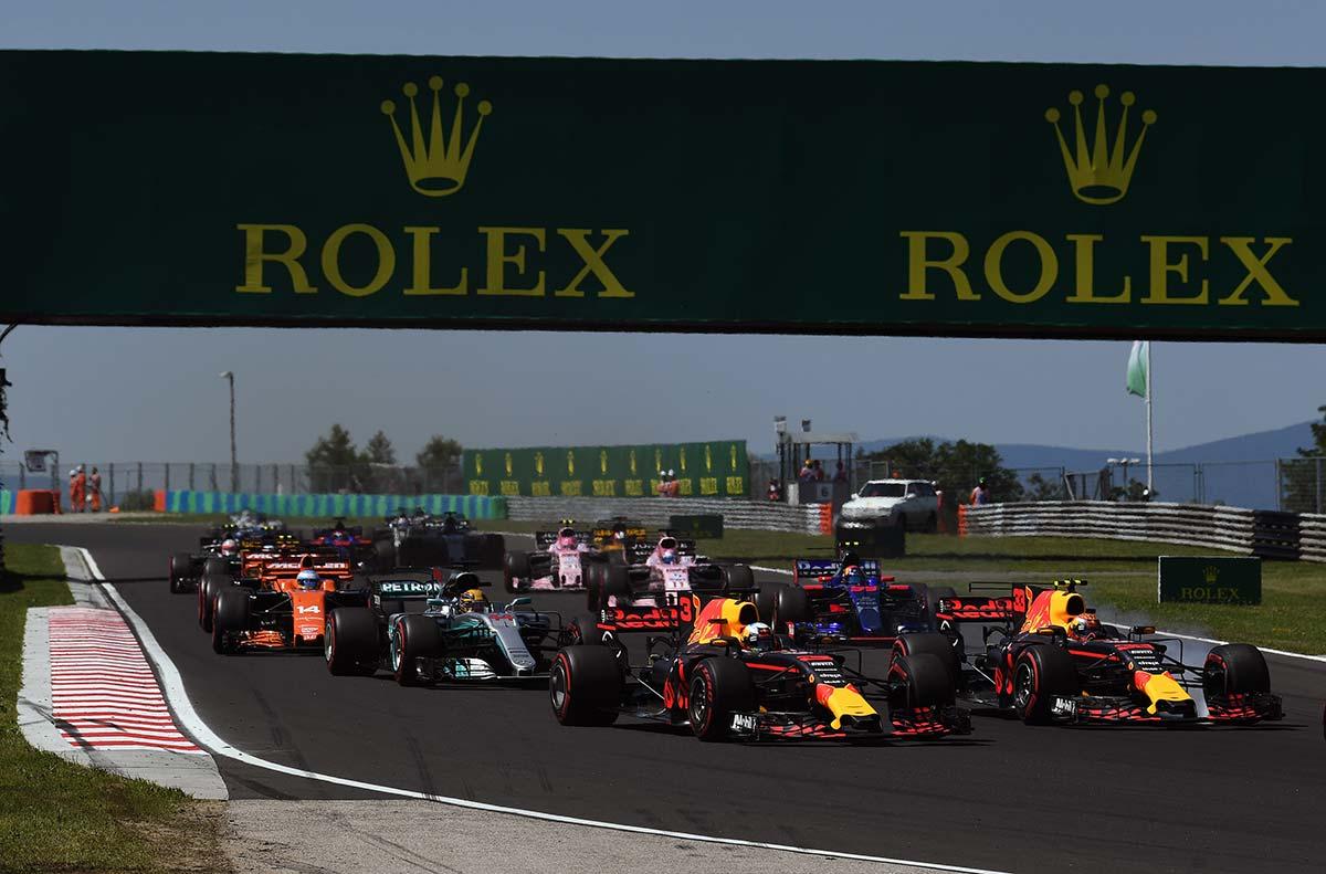 Salida de la carrera del Gran Premio de Hungría F1 2017 - SoyMotor.com