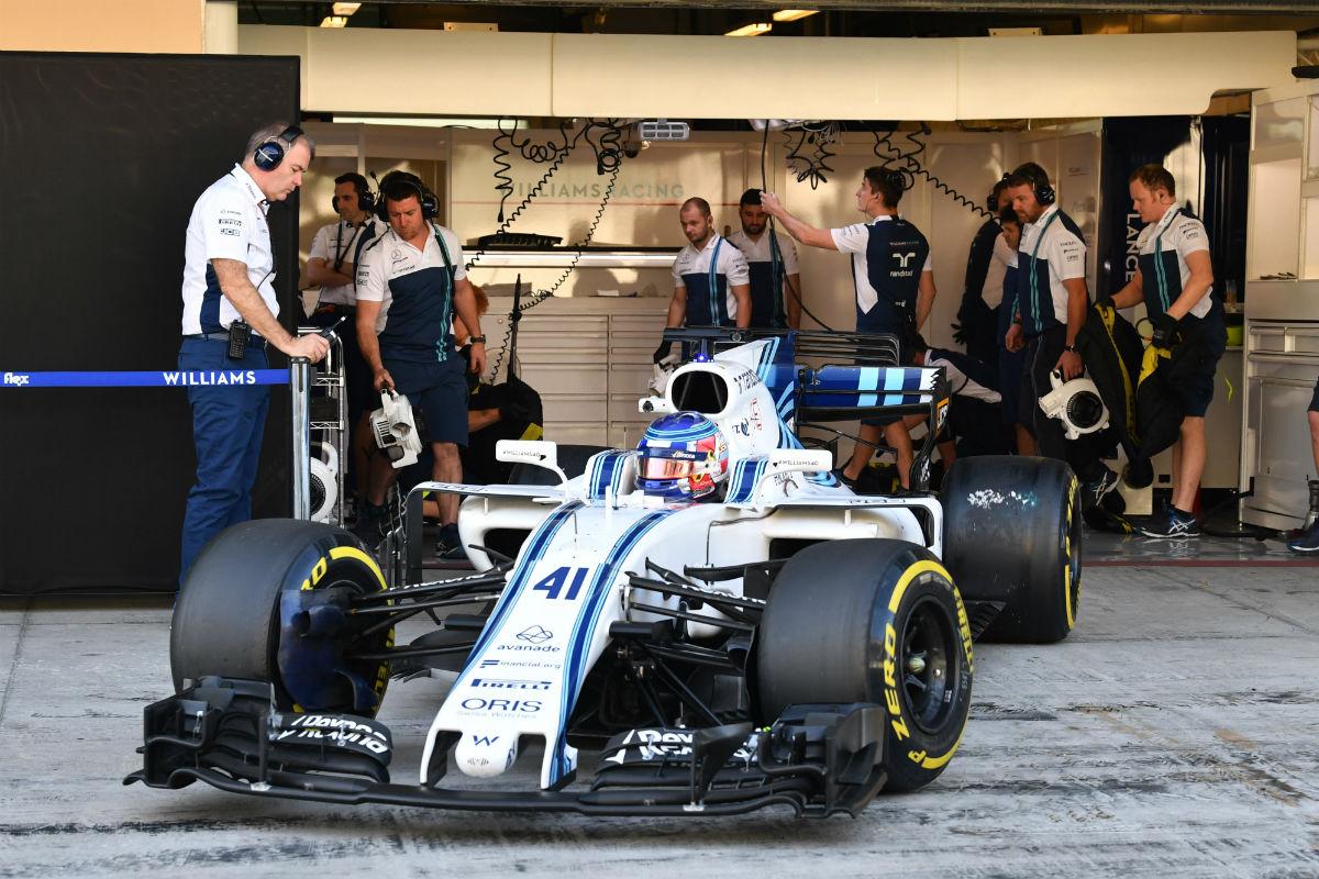 Sergey Sirotkin durante el test con Williams en Abu Dabi - SoyMotor.com