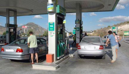 El bolsillo del usuario empieza a notar los efectos de la subida del precio del combustible - SoyMotor