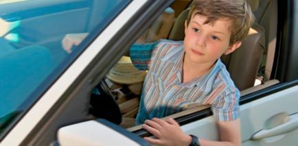 Detenido un niño de 12 años que intentaba cruzar Australia conduciendo - SoyMotor.com