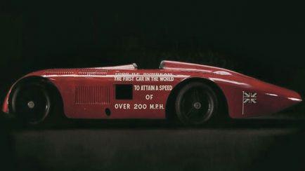 VÍDEO: El primer coche que superó los 320 kilómetros/hora, a restauración