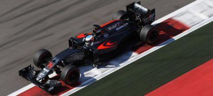 Alonso ve a McLaren como único capaz de desbancar a Mercedes
