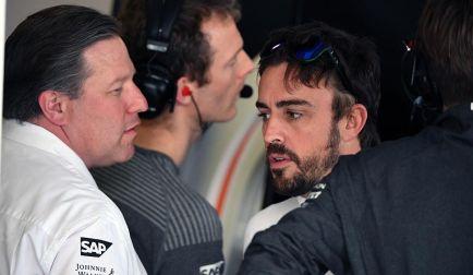 """Brown, """"desesperado"""" por renovar a Alonso: """"Tiene cinco años más"""""""