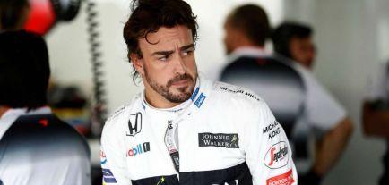 Alonso escogería a Sainz y Vandoorne si fuera jefe de equipo