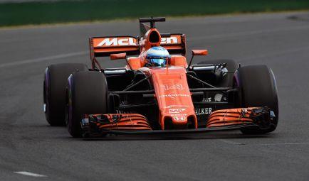"""Alonso, más contento con la fiabilidad pero cauto: """"Terminar la carrera será duro"""""""