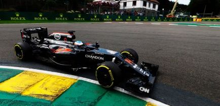 """Alonso y Monza: """"La sensación de velocidad es fenomenal"""""""