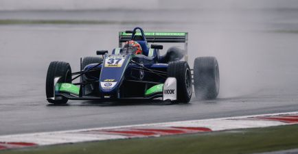 Fenestraz competirá en la F3 Europea 2018 junto a Carlin