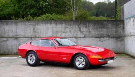 A subasta un Ferrari Daytona que perteneció a Elton John