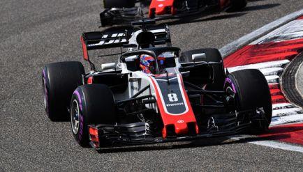 """Johansson y la supuesta copia de Haas a Ferrari: """"Yo lo haría"""""""