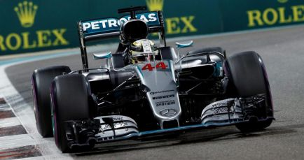 """Mercedes olvida Abu Dabi: """"No hay ningún problema con Lewis"""""""