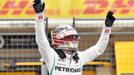 Hamilton acaricia el Mundial con la Pole de Austin, Vettel 5º