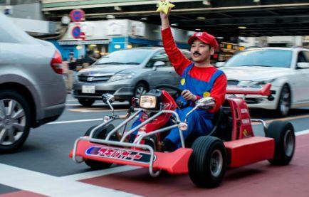 Japón regulará la circulación de aquellos que quieran emular el Mario Kart