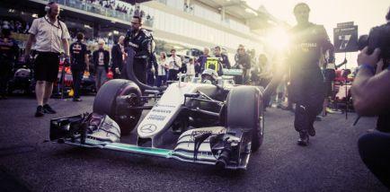 """De la Rosa sobre Mercedes y Alonso: """"Necesitan al mejor piloto"""""""