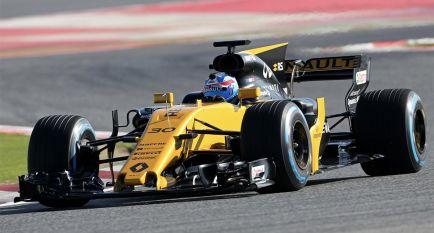 """Palmer estrena el RS17: """"Ha sido divertido, ¡mucha adherencia!"""