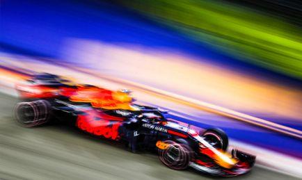 Prost, sorprendido por el 'sí, quiero' de Ricciardo a Renault