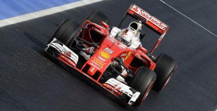 """Vettel: """"En carrera podemos ser más rápidos que Red Bull"""""""