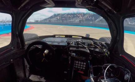 VÍDEO: Así es una vuelta a bordo de un DevBot de la Roborace