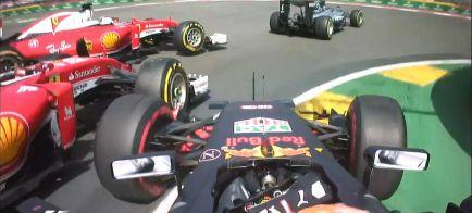 "Villeneuve: ""La FIA está protegiendo a Verstappen"""