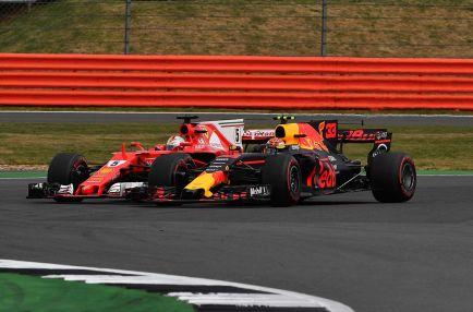 Las quejas de Vettel perdieron credibilidad, según Verstappen