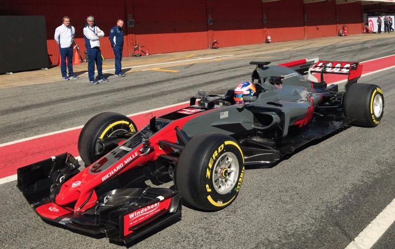 Aparecen fotografías del Haas VF17 antes de su presentación