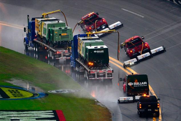 ¿Camiones secadores para la Fórmula 1? - SoyMotor.com