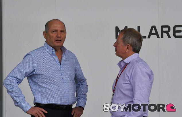 Dennis está fuera de McLaren, pero no descarten su retorno - SoyMotor.com