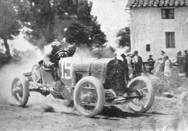 El día que Enzo Ferrari corrió en Mugello... ¡hace 100 años! - SoyMotor.com