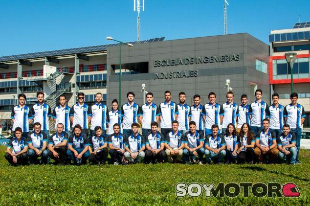 Grupo de alumnos de la Formula Student - SoyMotor