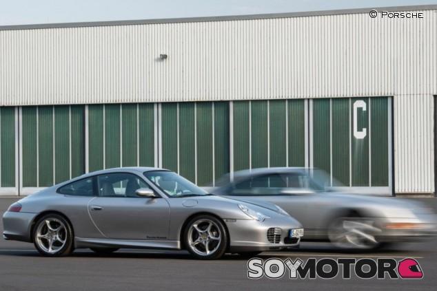 El Porsche 911 993 dio paso al controvertido 996 con refrigeración por agua - SoyMotor.com