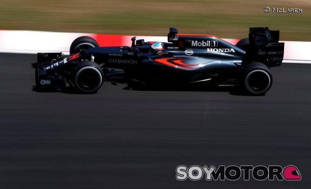 Alonso durante un Gran Premio esta temporada - SoyMotor