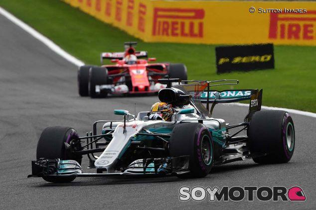 Lewis Hamilton y Sebastian Vettel en Bélgica - SoyMotor
