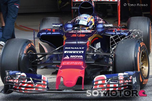 Nuevo alerón en el STR10 de Sainz Jr. - LaF1.es