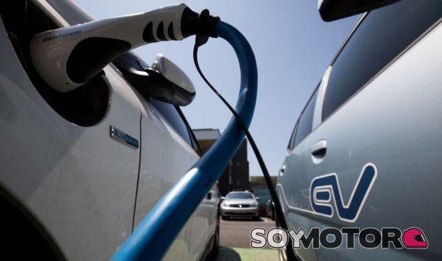 ¿Serán los coches eléctricos más baratos que los gasolina? - SoyMotor.com